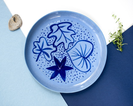 Blue leaves. Plate